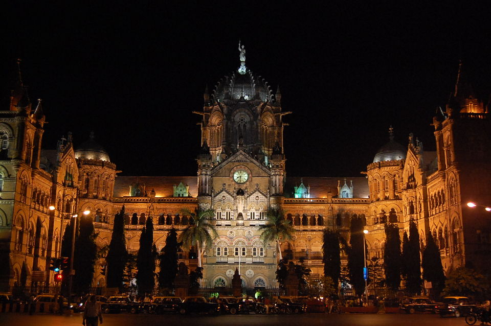 A Definitive Weekend Mumbai Itinerary To Enjoy The 'Maximum City' To The Fullest
