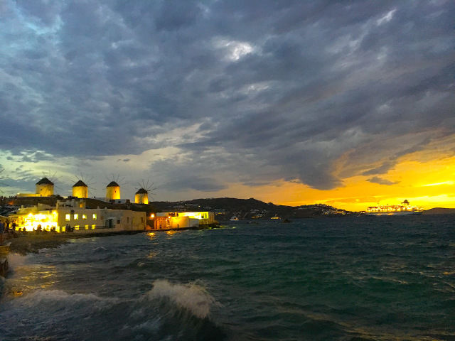 Photos of Mykonos: 2 Day Guide to the Beach Paradise 1/1 by Nikita Anand