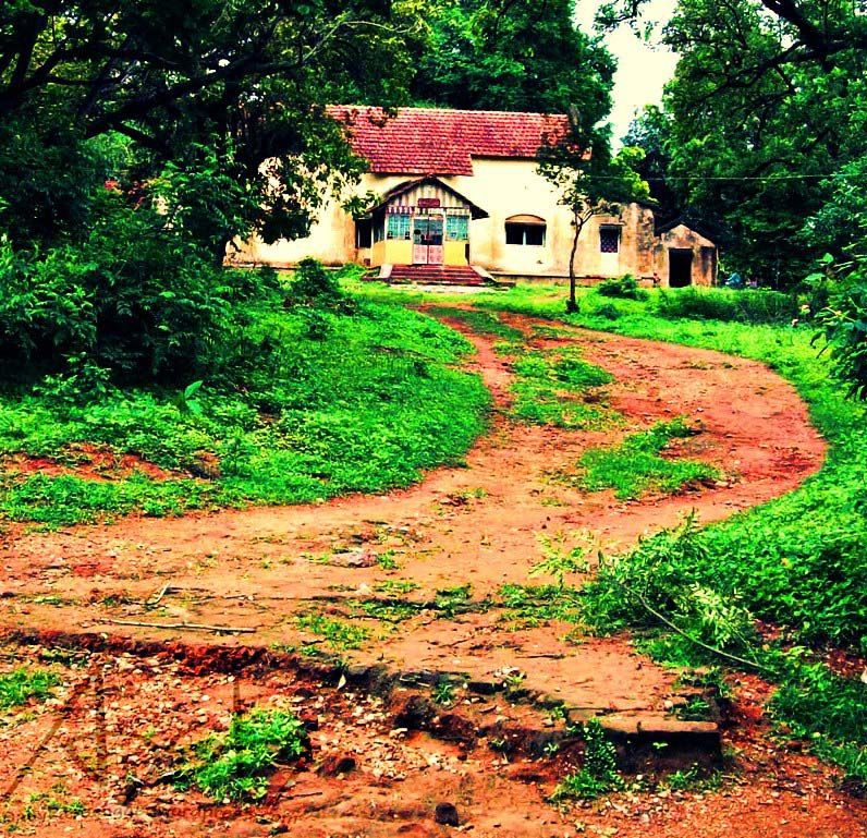 Photos of Curious About The Place In 'A Death In The Gunj'? Pay A Visit To This Hill Town In Jharkhand 1/1 by anshul akhoury