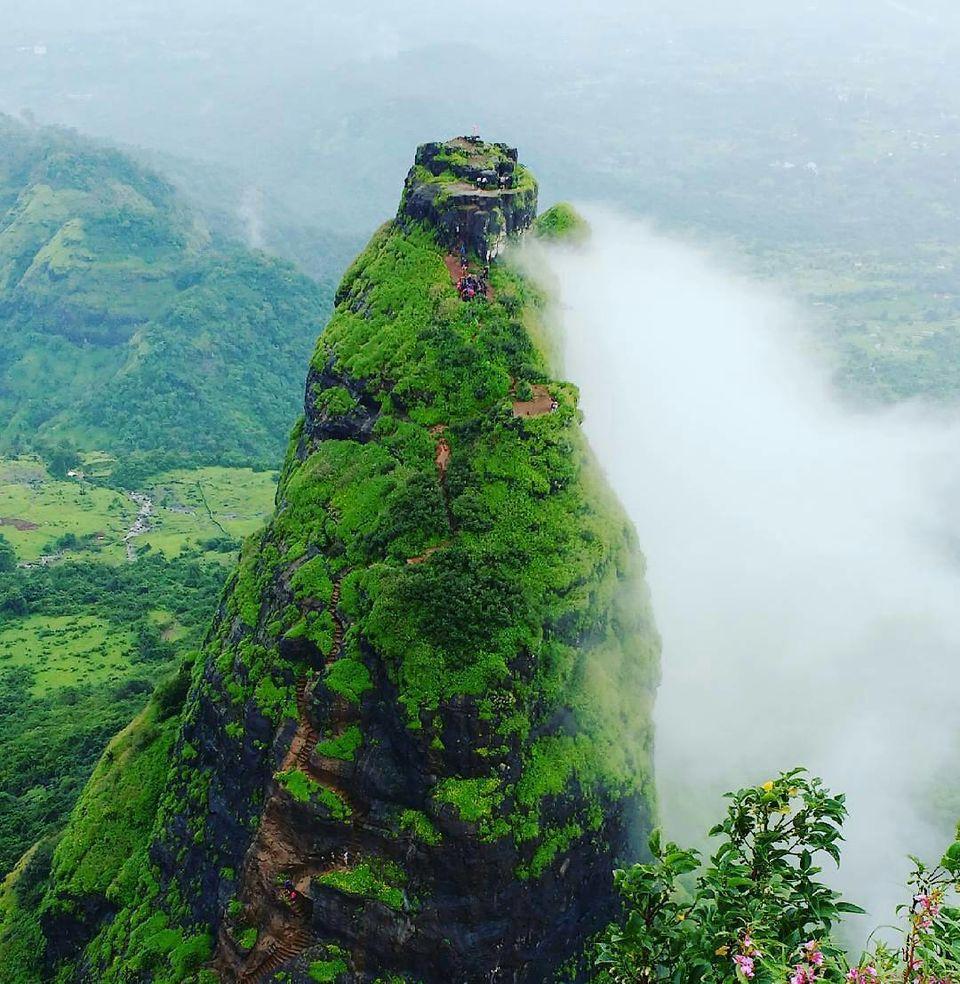 Photos of The Kalvantin peak 1/1 by Abhijit
