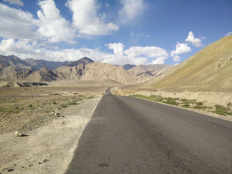 Photos of India in 29 Tweets 1/1 by Sundar Ganesaan