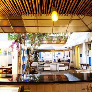 100ft Boutique Bar Restaurant 1/1 by Tripoto