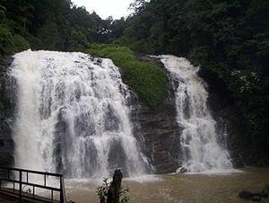 Muthyala Maduvu Falls 1/1 by Tripoto