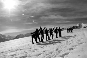 Sar Pass – The Himalayan range that has EVERYTHING.