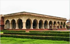 Agra Fort 1/56 by Tripoto