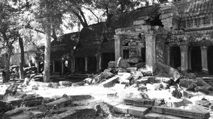 Angkor Complex : A poetry in stone