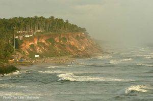 Varkala Beach 1/55 by Tripoto