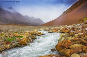 Adventurous Monsoon Ride to Highest Motorable Road in the World - Leh , India