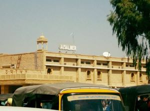Explore the golden city Jaisalmer in 3 days!
