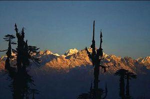 Maenam hills, a break away to the Himalayas!