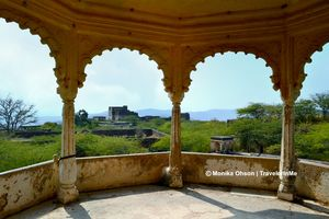 Crumbling heritage : Bundi's Taragarh Fort