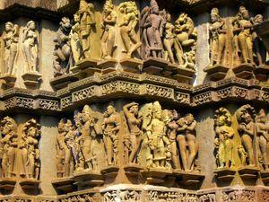 Lakshmana Temple 1/2 by Tripoto