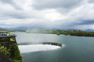 Away From The Beaches, Salaulim Dam Will Make Your Goa Plan A Little Less Of A Cliché