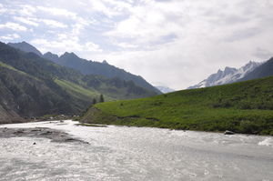 Sonamarg- What makes it special?