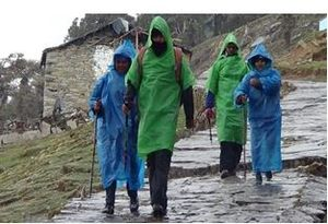 A Trek to Deoriatal and Chandrashila - rebond with friends and the Himalayas