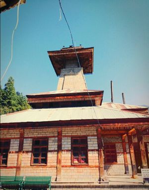Manu Temple 1/13 by Tripoto