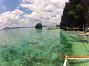 Coron Island 1/3 by Tripoto