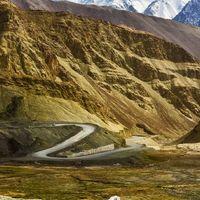Namgyal Tsemo Gompa 2/9 by Tripoto