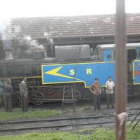 Nilgiri Mountain Railway 5/8 by Tripoto