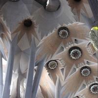 La Sagrada Familia 4/34 by Tripoto