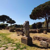 Ostia Antica 2/3 by Tripoto
