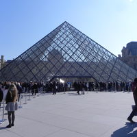 Louvre Museum 2/5 by Tripoto