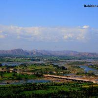 Tungabhadra Gardens and Dam 3/12 by Tripoto